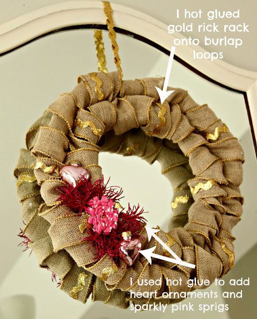 Arrows pointing to the sparkle and bling on the burlap wreath.