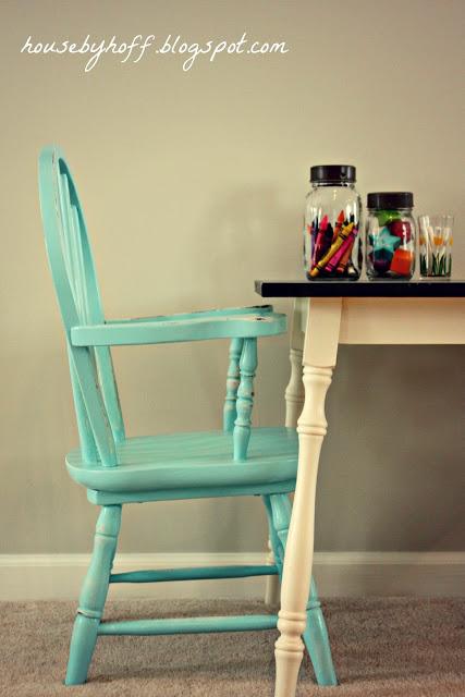 DIY Chalkboard Table via housebyhoff.com