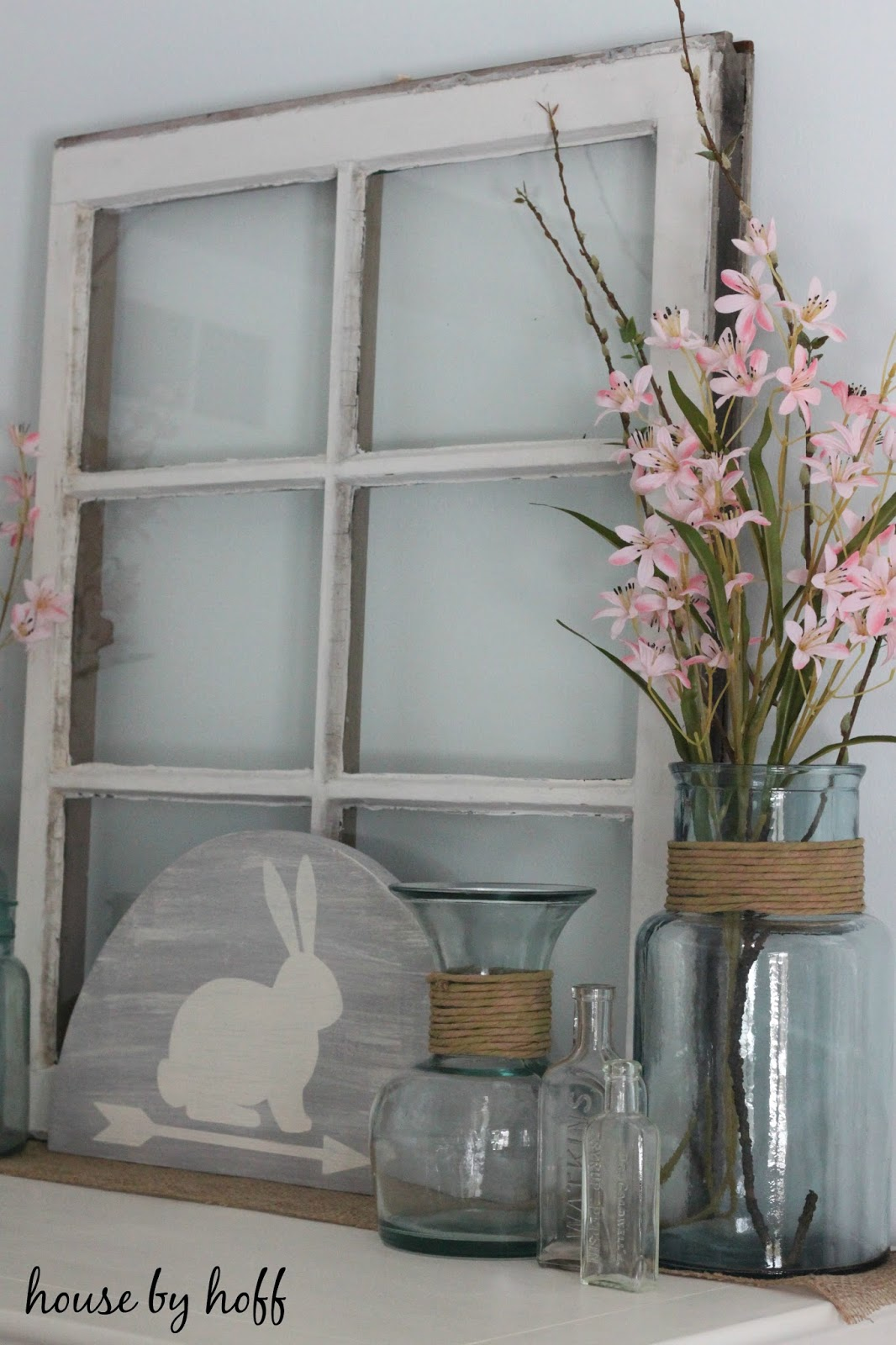how to decorate for spring via housebyhoff.com
