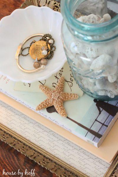 how to make DIY seahshell art via housebyhoff.com