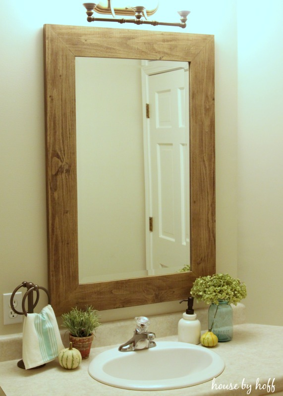 Beachy Bathroom Makeover