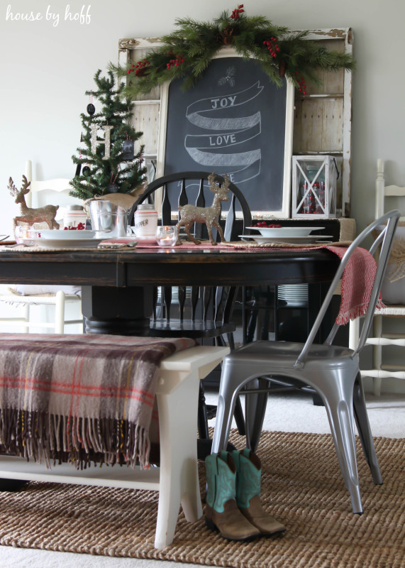 Holiday Home Tour Dining Room via House by Hoff-10