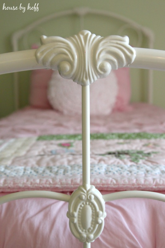 Ideas for Decorating a Girls Room