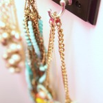 Organizing Necklaces With Keyhooks
