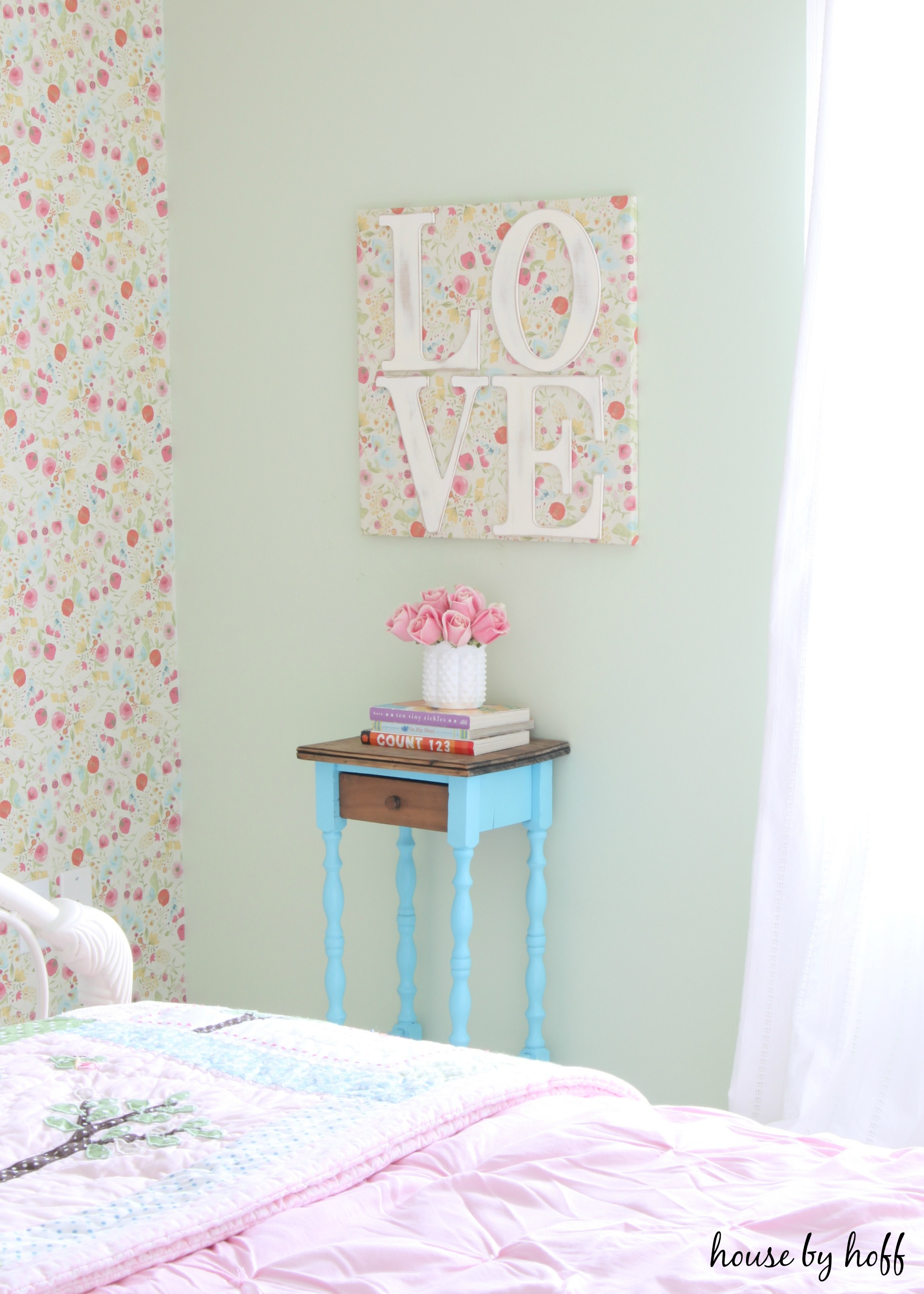 "DIY ""LOVE"" Wall Art"