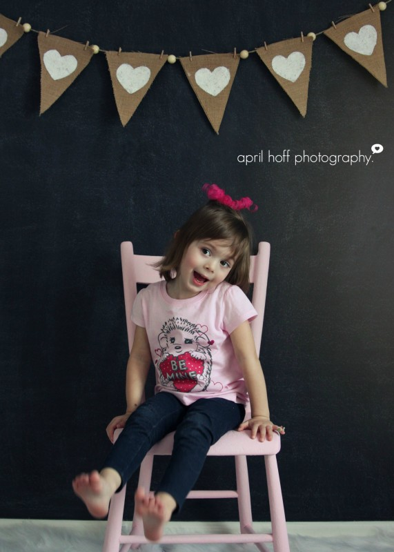 April Hoff Photography {How to Paint a Chalkboard Wall via House by Hoff}