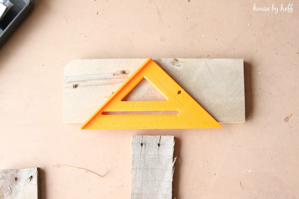 How to Make a Wooden Arrow via House by Hoff