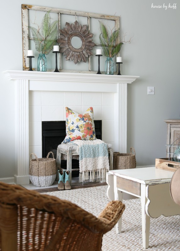 Ideas For Decorating With Old Windows Old Window Frame