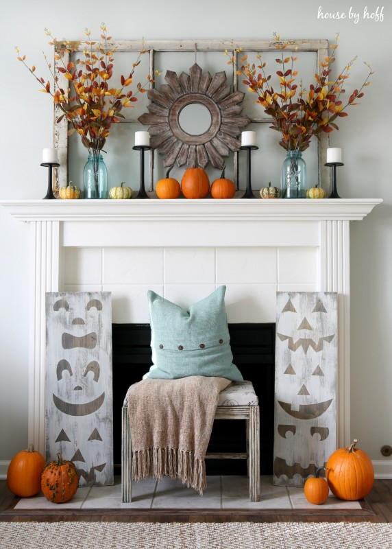 Pumpkin Mantel via House by Hoff