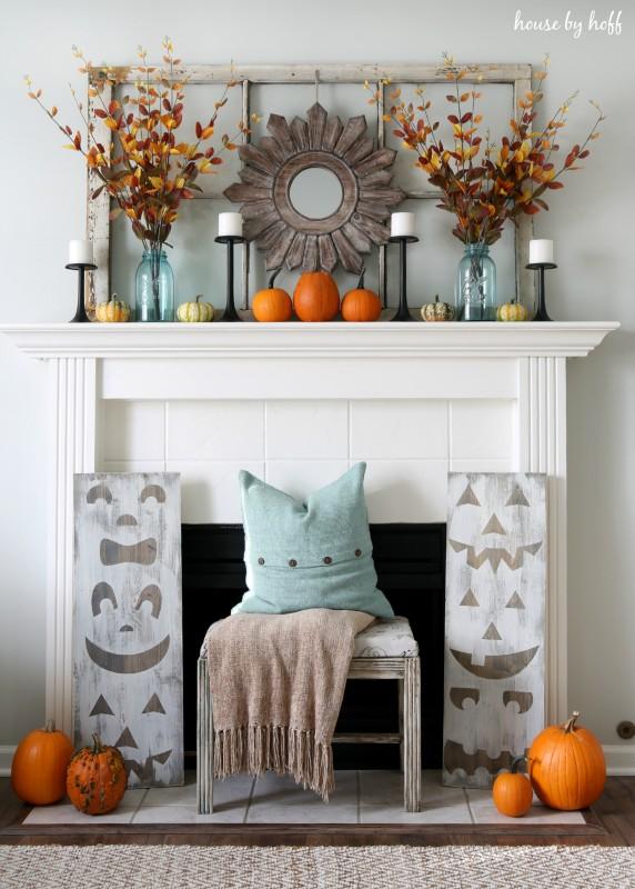 Pumpkin Mantel via House by Hoff
