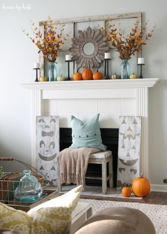 Pumpkin Mantel via House by Hoff2