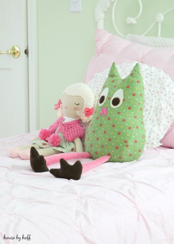 Little Girl's Room for Christmas via House by Hoff7