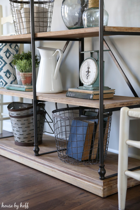 Finding the Perfect Open-Shelving via House by Hoff