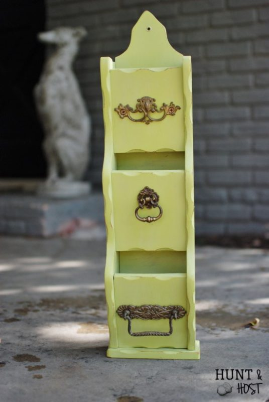 painted-letter-holder5