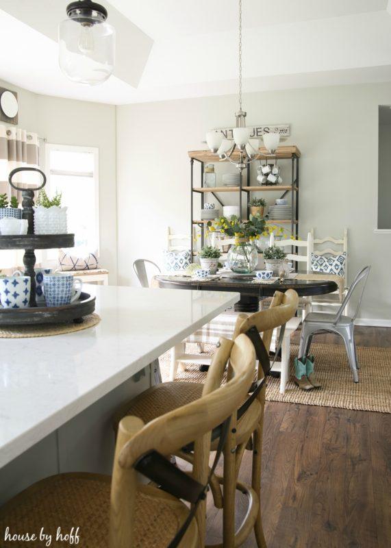 Modern Farmhouse Kitchen 12