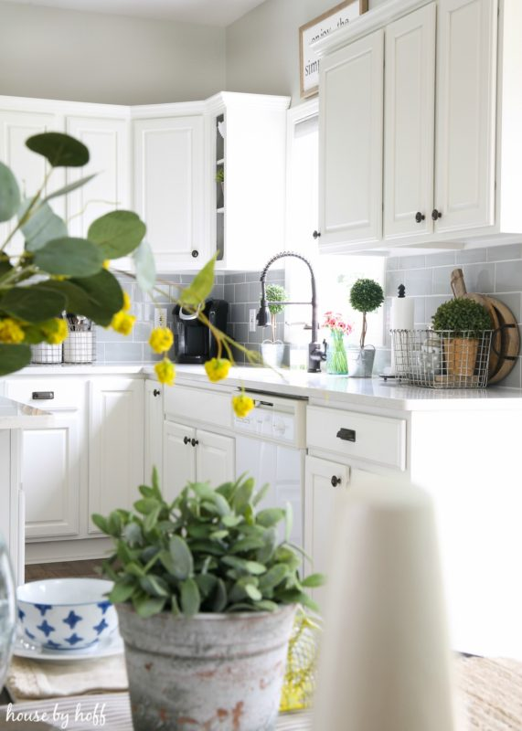 Modern Farmhouse Kitchen 4