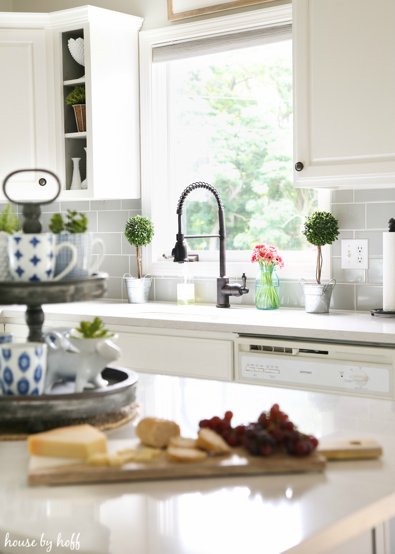 A modern farmhouse kitchen makeover house by hoff - Modern farmhouse kitchen cabinets ...