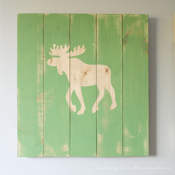 6-rustic-diy-plank-art-making-it-in-the-mountains