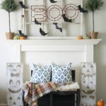 halloween-mantel-via-house-by-hoff2