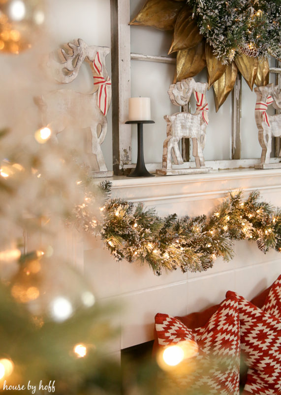 Classic Christmas Mantel via House by Hoff