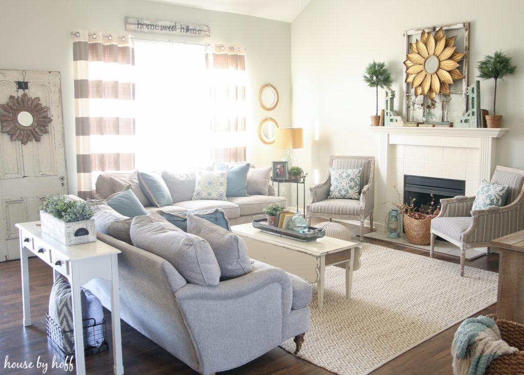 Spring Living Room via House by Hoff
