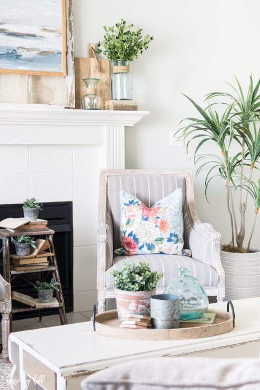 How to Decorate With Fake Plants (And Where to Find the Best ...