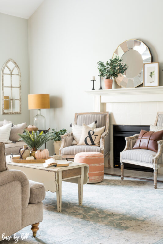 Bright Living Room with Simple Fall Decorations