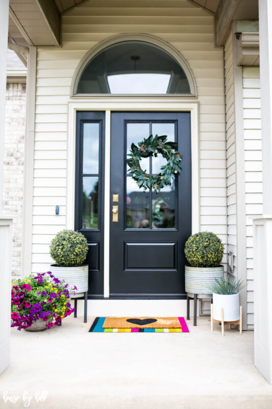 A fun colorful little front porch